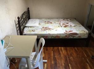 cream hosue 2 per room2